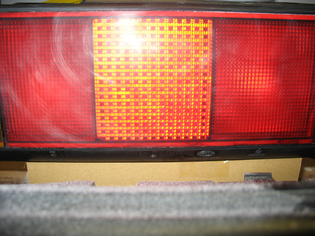 Lighting Timbos Vw Technotes This Quick And Easy Technote Will Show You How To Wire Foglights Into Article Is About Polish The Ridges Off Of Mk2 Sciroccos Tailights Give Them A Smooth Glassy Finish It Makes Me Want Eat Some Candy