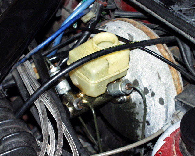 10_mc_newmcin replacing or upgrading the brake master cylinder timbo's vw 1990 corrado g60 fuse box diagram at gsmx.co